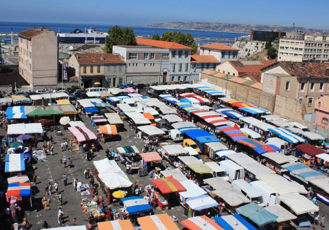 Dans le cadre du projet des Fabriques, l'actuel marché aux puces situé dans le 15ème arrondissement à Marseille sera également modernisé.